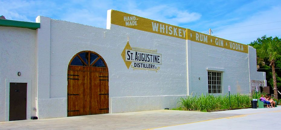 st augustine distillery outside view