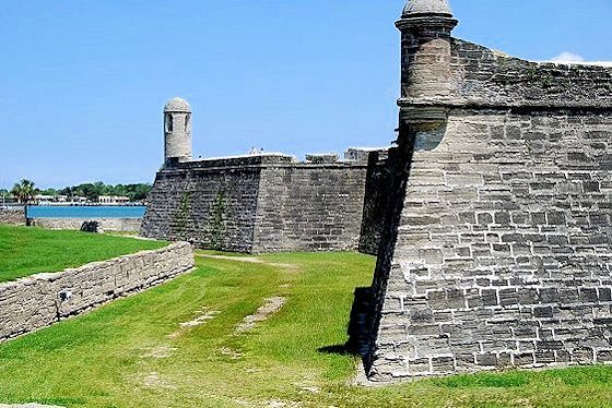 castillo de san marcos corner views