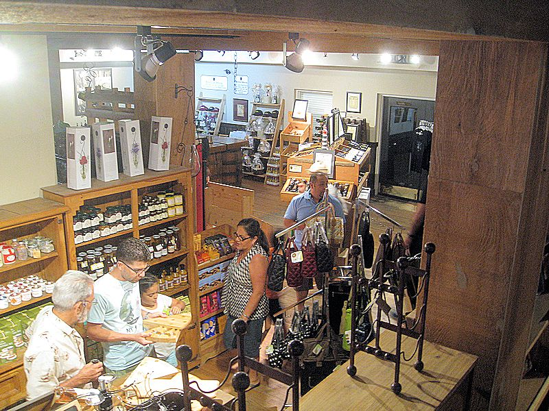 san sebastian winery gift shop1
