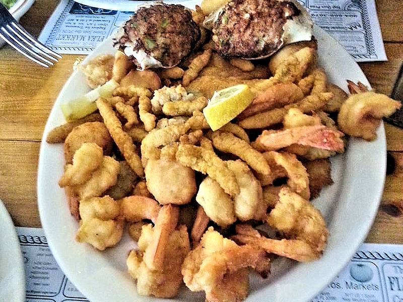 seafood kitchen fried platter
