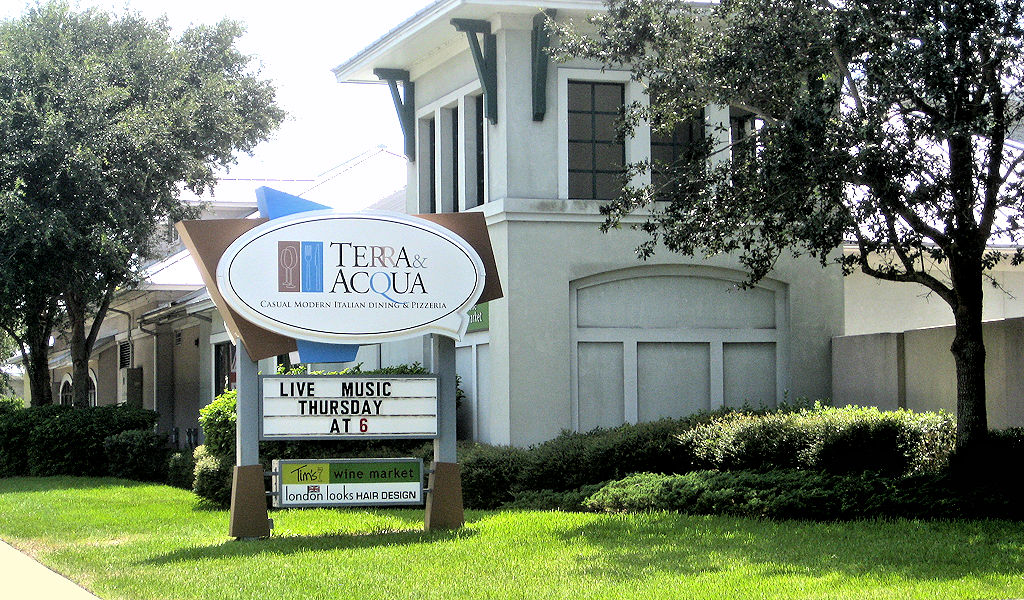 terra and acqua restaurant outside