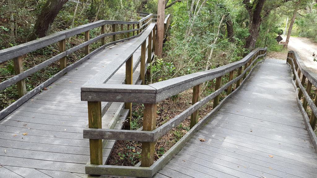 fort matanzas nature trail entrance view