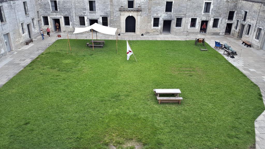 castillo de san marcos courtyard view